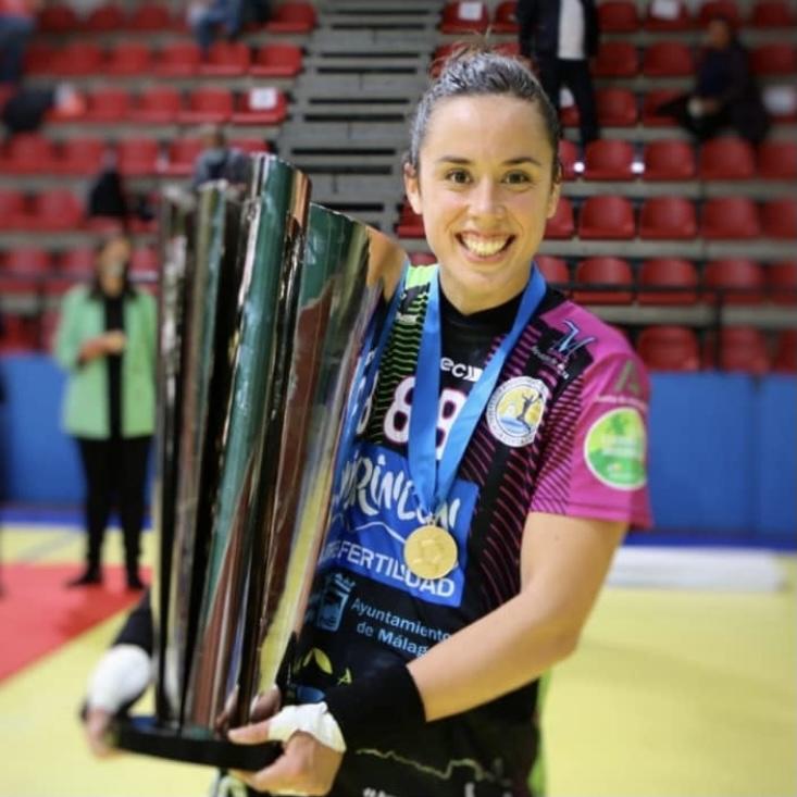Paula García y Trofeo